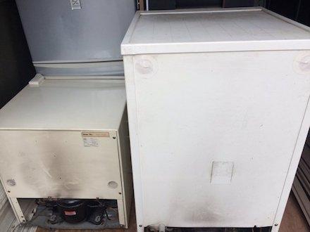 小型冷蔵庫の回収事例